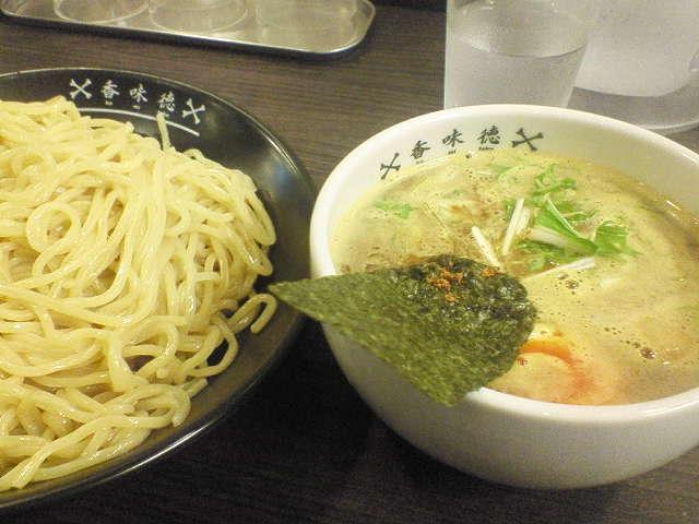 201103071910kamitoku