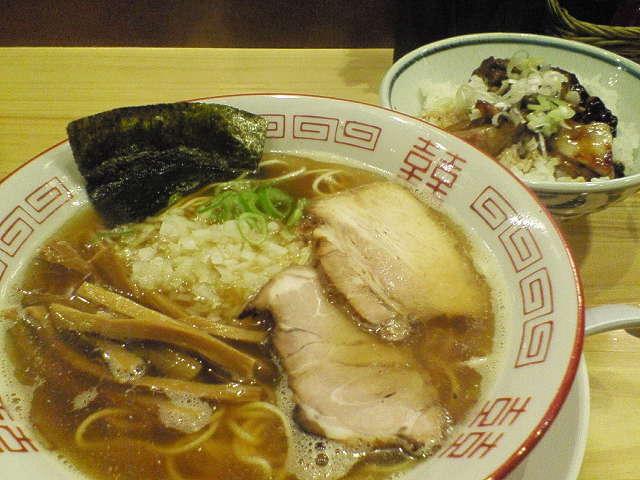 201211151941tsubomi